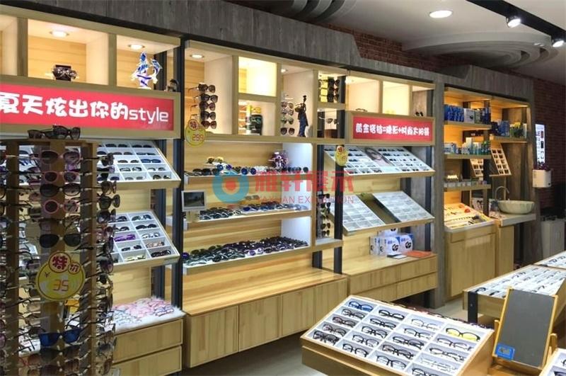 东莞品牌眼镜店展示柜